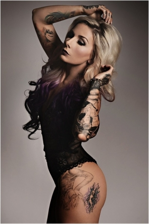 Super hot tattoo artist Teneile Napoli