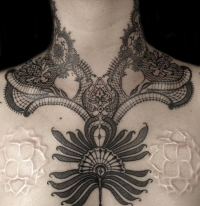 A tattoo masterpiece by Delphine Noiztoy