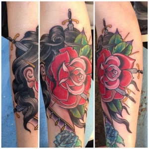 Traditional red rose by Tony Medellin