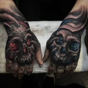 Skull fists by Stepan Negur