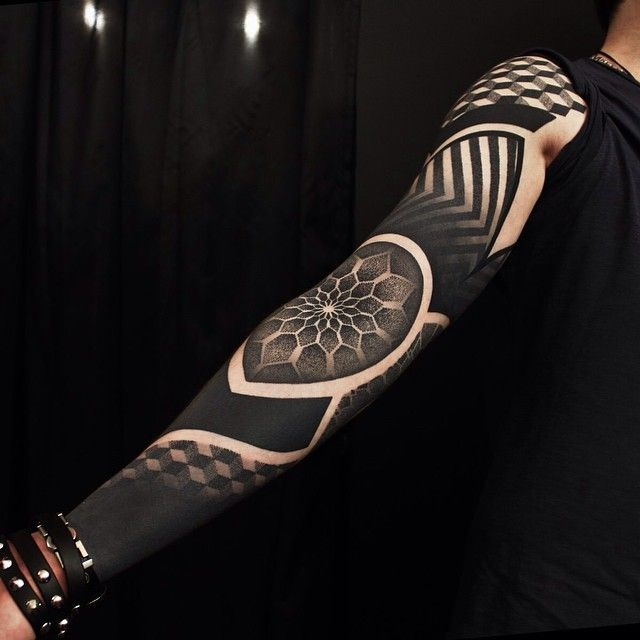 Blackwork sleeve by Ervand Akopov