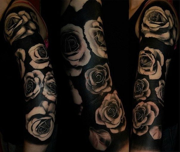 Black roses sleeve