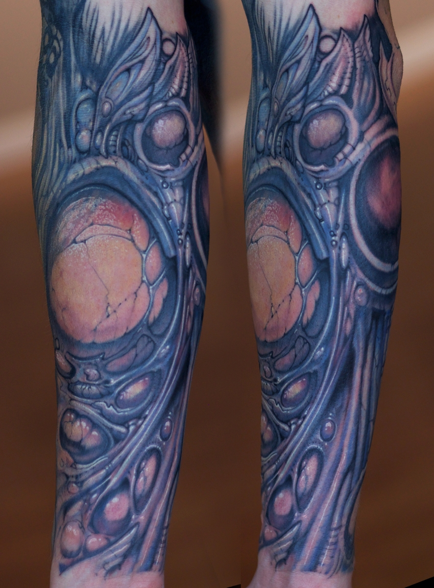 Amazing biomechanical sleeve by Paco Dietz