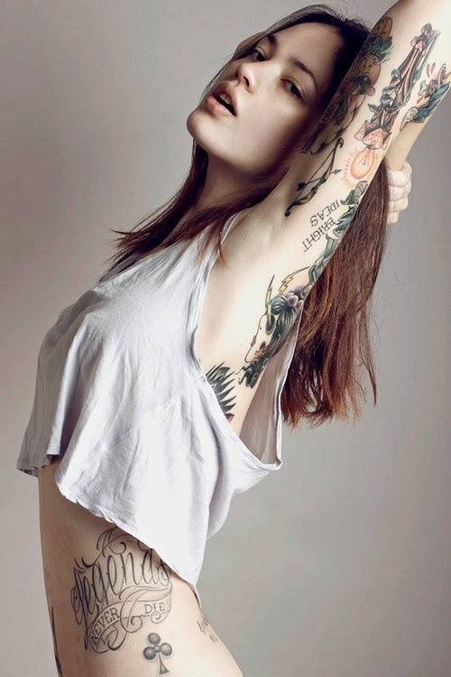 Tattooed women are just too hot!