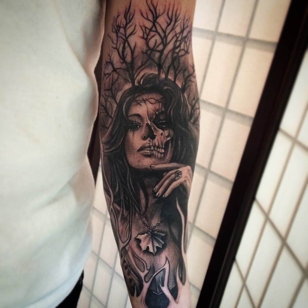All black lady and skyull sleeve by Danny Lepore
