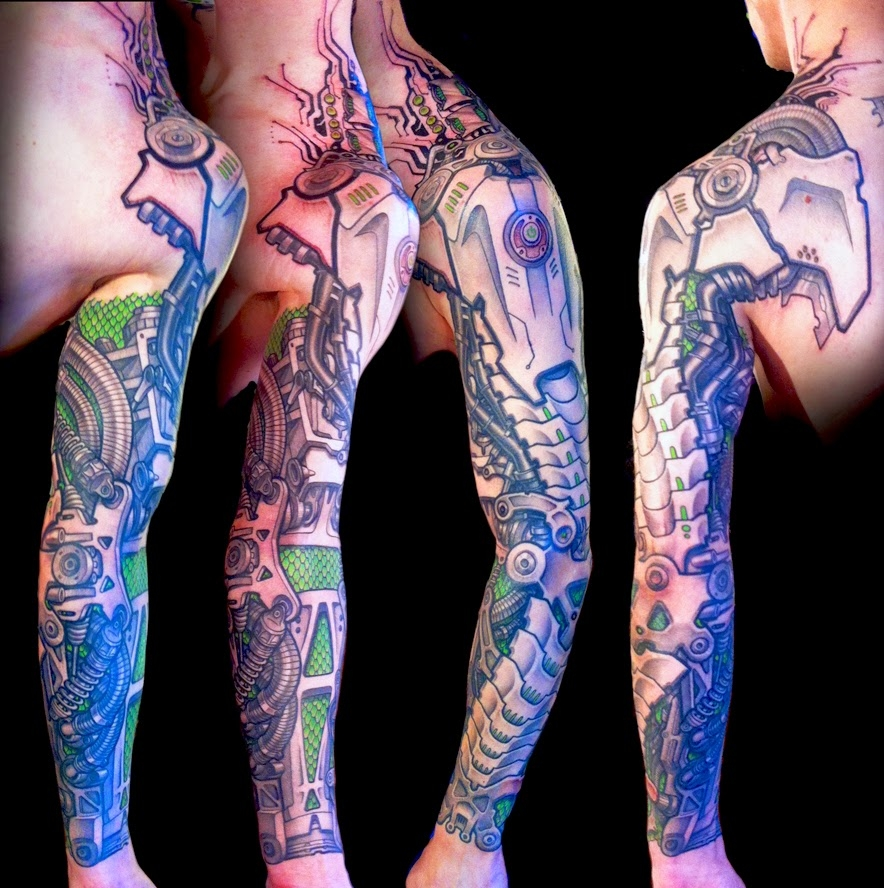 Biomechanical sleeve by DeLaine Neo Gilma
