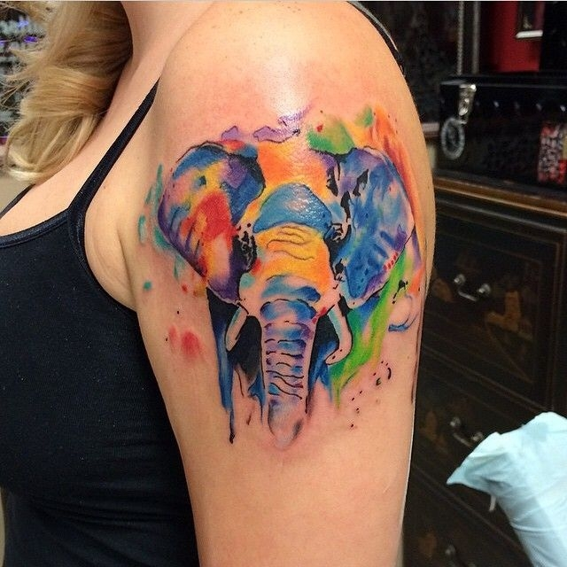Cute watercolor elephant by Frankie Oneshot